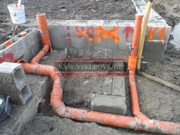 Ležatá kanalizácia pod domom9