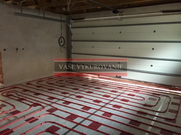 Podlahové vykurovanie - temperovanie garáže - uchytávanie Tacker