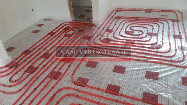 Podlahové vykurovanie - uchytávanie Tacker - kuchyňa