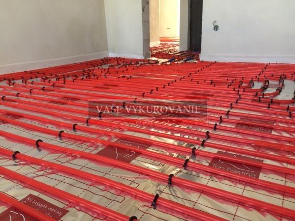 Podlahové vykurovanie - uchytávanie Tacker4