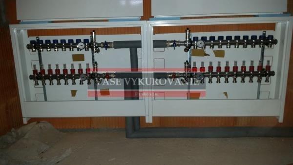 Pripojenie rozdeľovačov podlahového vykurovania lisovanou meďou